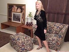 Granny, Horny, Jerking, Masturbation, Old, Pussy, Solo,