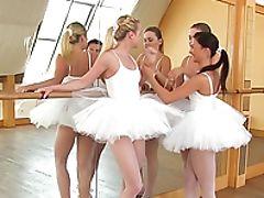 Bunda, Gata, Bailarina, Careca, Sem Peitos, Penetração Dedos, Academia, Lésbicas , Lambendo, Nylon ,