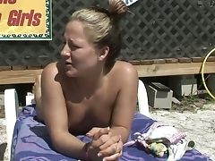 Culo, Bambola, In Bagno, In Spiaggia, Tette Grosse, Bikini, Biondo, Piatta, Bruna, Lesbica,