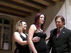 Boquete, Sexo Vestido , Fofa, Ffm , Penetração Dedos, Hardcore , Gemendo , Sexo Oral, Estrela Pornô, Tatuagem ,